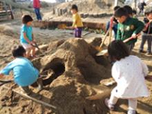 水、砂、土とあそぶ